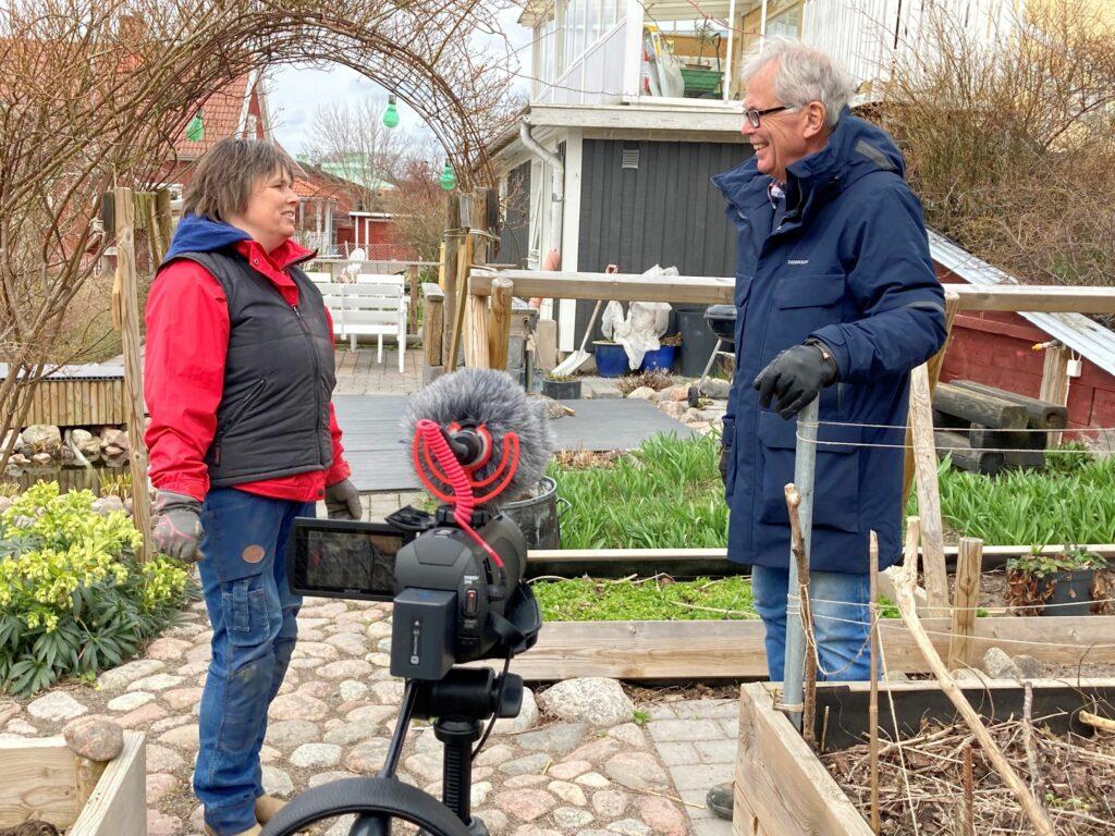 Jord, kompost och bokashi diskuteras
